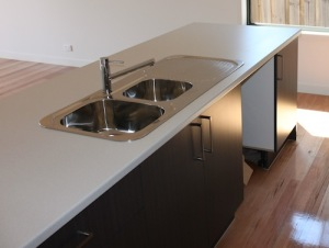 A laminate kitchen benchtop
